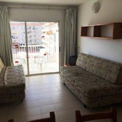 Отель Apartaments AR Lotus Испания, Бланес - отзывы, цены и фото номеров - забронировать отель Apartaments AR Lotus онлайн комната для гостей фото 2