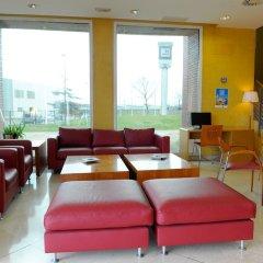 Hotel City Express Santander Parayas интерьер отеля фото 3