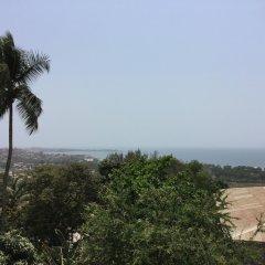 Отель Jam Lodge Сьерра-Леоне, Фритаун - отзывы, цены и фото номеров - забронировать отель Jam Lodge онлайн балкон