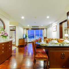 Отель Prince Suite Residence Managed by Prince Palace питание