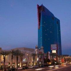 Отель Elara by Hilton Grand Vacations - Center Strip США, Лас-Вегас - 8 отзывов об отеле, цены и фото номеров - забронировать отель Elara by Hilton Grand Vacations - Center Strip онлайн вид на фасад