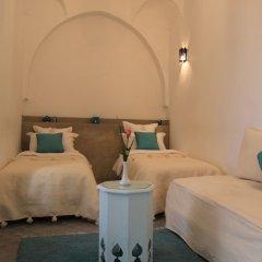 Отель Riad Chi-Chi Марокко, Марракеш - отзывы, цены и фото номеров - забронировать отель Riad Chi-Chi онлайн комната для гостей фото 5