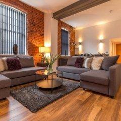 Апартаменты Manchester Arena Apartments комната для гостей фото 3