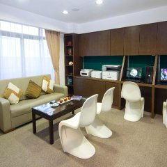 Отель Mookai Suites Мальдивы, Северный атолл Мале - отзывы, цены и фото номеров - забронировать отель Mookai Suites онлайн гостиничный бар