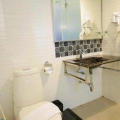 Отель Armoni Sukhumvit 11 ванная