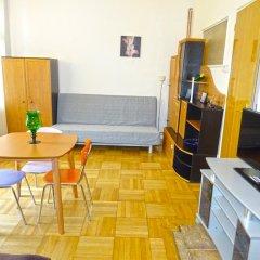 Апартаменты Apartments Comfort Прага комната для гостей фото 4
