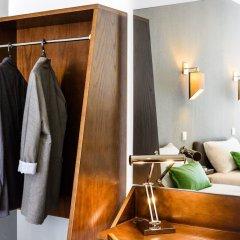 Hotel Portuense сейф в номере