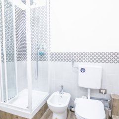 Отель Modern Macci House ванная фото 2