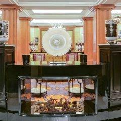 Отель Maison Astor Paris, A Curio By Hilton Collection Париж развлечения