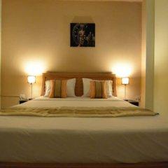 Отель Bua Khao Paradise сейф в номере