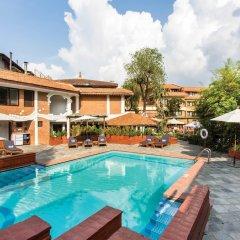 Отель Shangri La Hotel Непал, Катманду - отзывы, цены и фото номеров - забронировать отель Shangri La Hotel онлайн бассейн фото 3