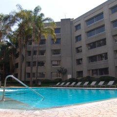 Отель Royal Pedregal Мехико бассейн