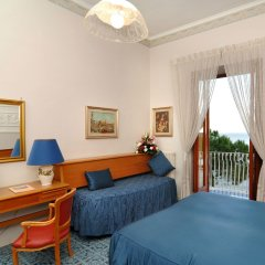 Отель La Bussola Италия, Амальфи - 1 отзыв об отеле, цены и фото номеров - забронировать отель La Bussola онлайн комната для гостей фото 2