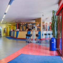 Отель a&o Berlin Kolumbus Германия, Берлин - 2 отзыва об отеле, цены и фото номеров - забронировать отель a&o Berlin Kolumbus онлайн фитнесс-зал фото 4