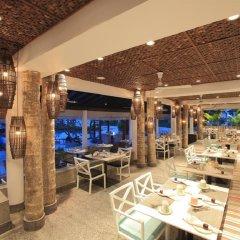 Отель Taj Bentota Resort & Spa Шри-Ланка, Бентота - 2 отзыва об отеле, цены и фото номеров - забронировать отель Taj Bentota Resort & Spa онлайн питание
