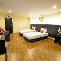 Отель Boss Mansion Residence сейф в номере