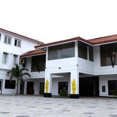 Отель Golden Star Beach Hotel Шри-Ланка, Негомбо - отзывы, цены и фото номеров - забронировать отель Golden Star Beach Hotel онлайн парковка