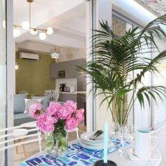 Отель Live in Athens Acropolis Suites интерьер отеля