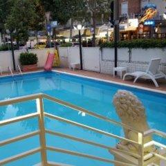 Отель Du Soleil Италия, Римини - отзывы, цены и фото номеров - забронировать отель Du Soleil онлайн бассейн фото 3