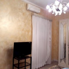 Апартаменты Apartment With 3 Bedrooms in Floridia, With Furnished Terrace - 10 km Флорида комната для гостей