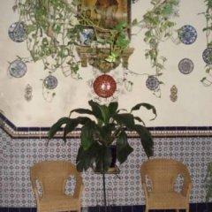 Отель Pensión Aguilas интерьер отеля