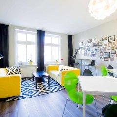 Color Hostel комната для гостей
