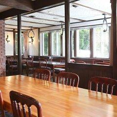 Отель 36 Degrees North, Lodge Hakuba Japan Хакуба гостиничный бар