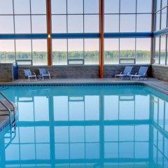 Отель Four Points by Sheraton Niagara Falls США, Ниагара-Фолс - отзывы, цены и фото номеров - забронировать отель Four Points by Sheraton Niagara Falls онлайн бассейн
