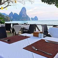 Отель Tonsai Bay Resort пляж фото 2
