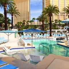Отель Delano Las Vegas at Mandalay Bay бассейн фото 3