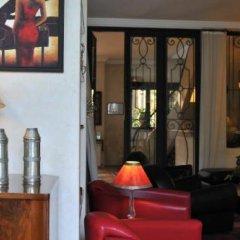 Отель La Maison de Tanger Марокко, Танжер - отзывы, цены и фото номеров - забронировать отель La Maison de Tanger онлайн гостиничный бар