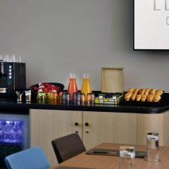 Отель L'Echiquier Opéra Paris MGallery by Sofitel Франция, Париж - 8 отзывов об отеле, цены и фото номеров - забронировать отель L'Echiquier Opéra Paris MGallery by Sofitel онлайн питание
