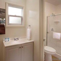 Отель Santa Monica Motel ванная