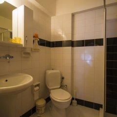 Отель Kleo Pension ванная фото 2