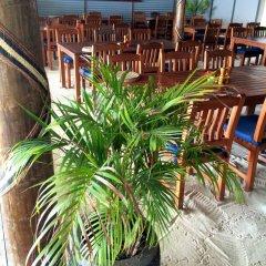 Отель Blue Lagoon Beach Resort Фиджи, Матаялеву - отзывы, цены и фото номеров - забронировать отель Blue Lagoon Beach Resort онлайн питание фото 2