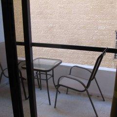 Отель Granada Suite Hotel Иордания, Амман - отзывы, цены и фото номеров - забронировать отель Granada Suite Hotel онлайн балкон