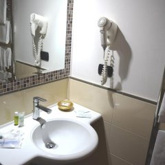 Hotel Quadrifoglio - Quadrifoglio Village Понтеканьяно ванная