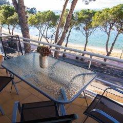 Отель Agi Marina Apartments Испания, Курорт Росес - отзывы, цены и фото номеров - забронировать отель Agi Marina Apartments онлайн пляж