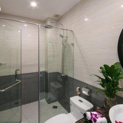 Отель Hanoi Garden Hotel Вьетнам, Ханой - отзывы, цены и фото номеров - забронировать отель Hanoi Garden Hotel онлайн ванная