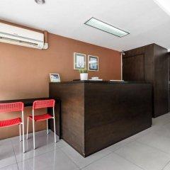 Отель Double Two@Sathorn Бангкок интерьер отеля фото 3