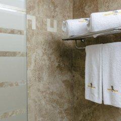 Отель Montecarlo Испания, Курорт Росес - 1 отзыв об отеле, цены и фото номеров - забронировать отель Montecarlo онлайн ванная фото 2