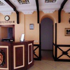 Гостиница Сенатор Украина, Трускавец - отзывы, цены и фото номеров - забронировать гостиницу Сенатор онлайн интерьер отеля фото 2