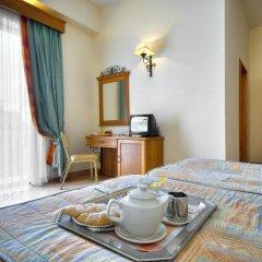 Отель Kennedy Nova Гзира в номере фото 2