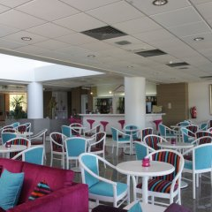 Crystal Springs Beach Hotel гостиничный бар