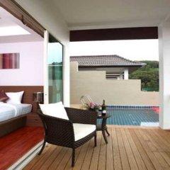 Отель BangTao Tropical Residence балкон
