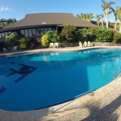 Отель Volivoli Beach Resort Фиджи, Вити-Леву - отзывы, цены и фото номеров - забронировать отель Volivoli Beach Resort онлайн бассейн фото 3