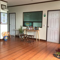 Отель Pro Chill Krabi Guesthouse Таиланд, Краби - отзывы, цены и фото номеров - забронировать отель Pro Chill Krabi Guesthouse онлайн интерьер отеля фото 2