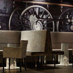 Отель Radisson Blu Park Royal Palace Hotel Австрия, Вена - 5 отзывов об отеле, цены и фото номеров - забронировать отель Radisson Blu Park Royal Palace Hotel онлайн гостиничный бар