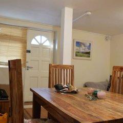 Апартаменты 1 Bedroom Apartment Near Holloway комната для гостей фото 3