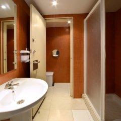 Отель Safestay Barcelona Sea ванная фото 2